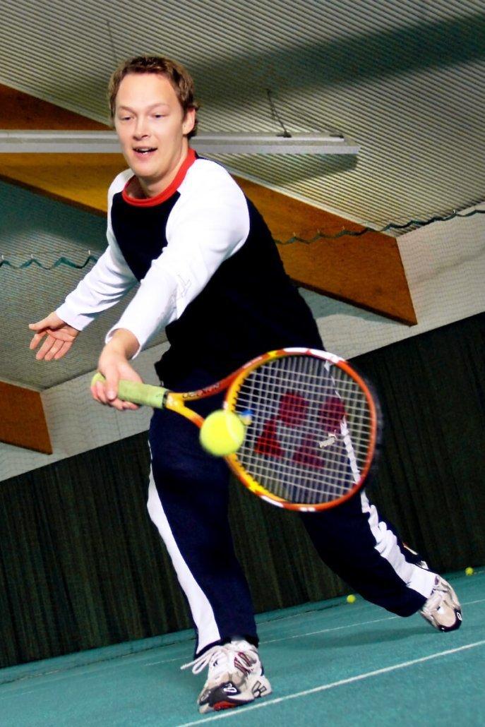 Tennis at Sportpark - Parkhotel Nümbrecht