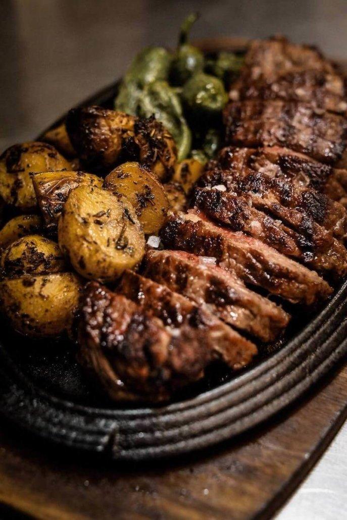 Steak plate - Package Treat and Meat Parkhotel Nümbrecht