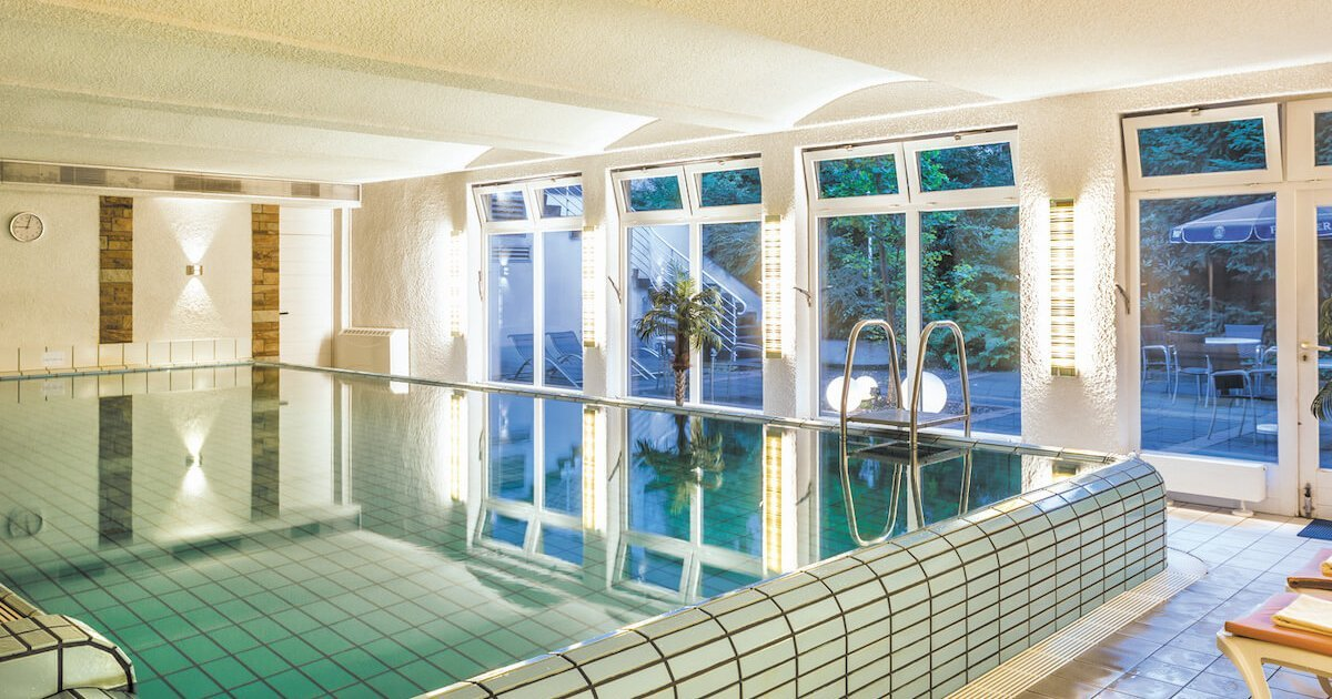 Schwimmbad im Beautypark - Parkhotel Nümbrecht