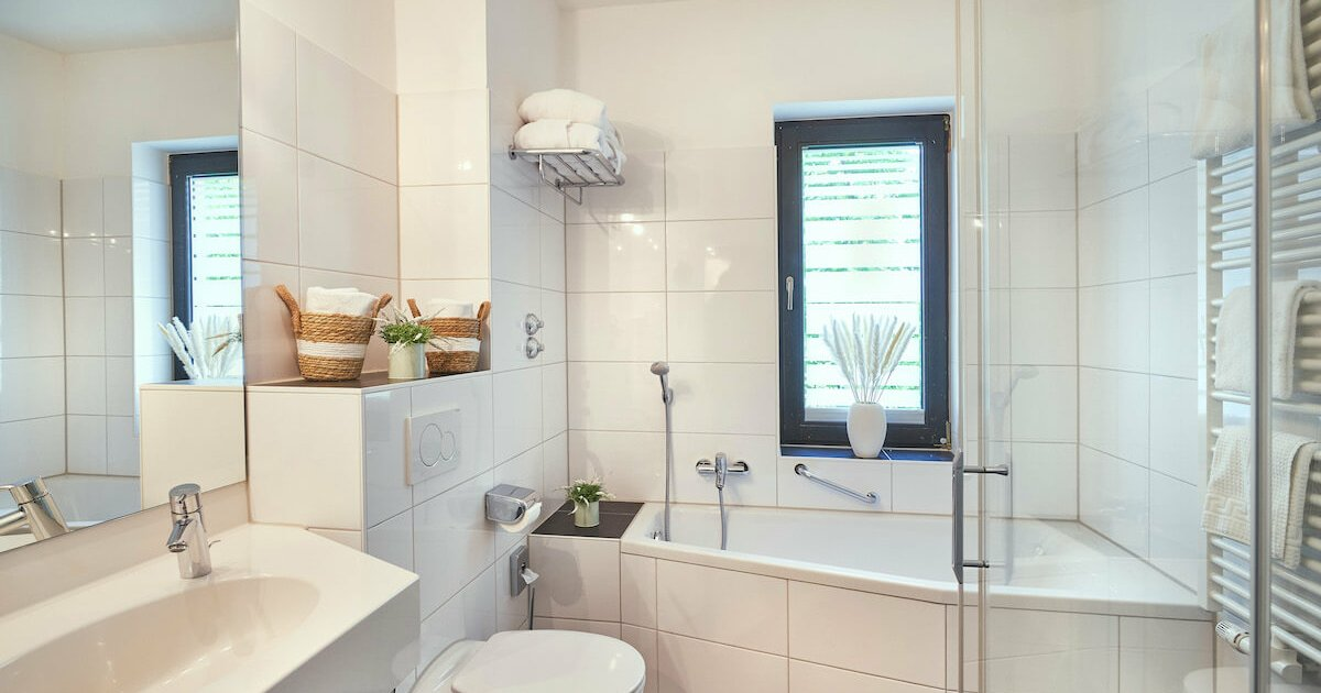 Badezimmer Classic Doppelzimmer - Parkhotel Nümbrecht