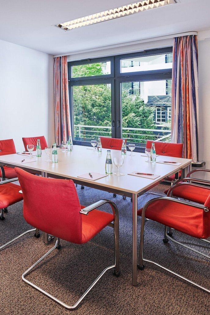 Tagungsraum Gaderoth Oberelben - Parkhotel Nümbrecht